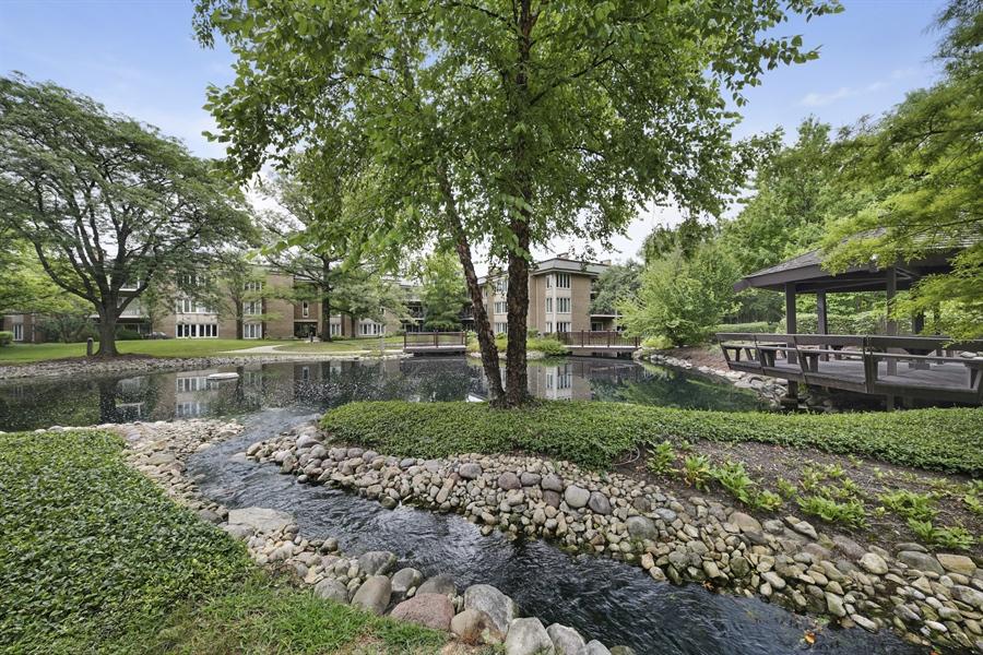 Real Estate Photography - 2 Oak Brook Club Drive, C107, Oak Brook, IL, 60523 - Back Yard