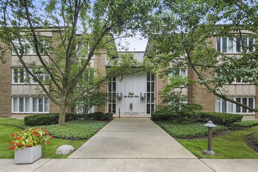Real Estate Photography - 2 Oak Brook Club Drive, C107, Oak Brook, IL, 60523 - Front View
