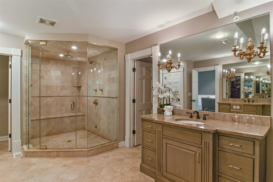 Real Estate Photography - 4741 Wellington, Long Grove, IL, 60047 - Master Bathroom