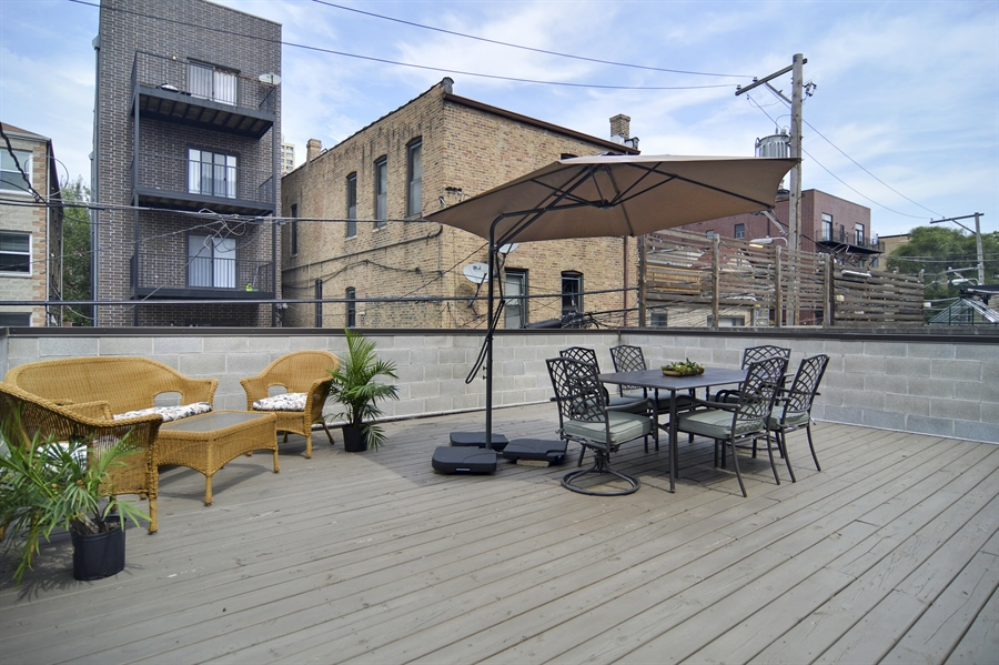 Real Estate Photography - 1522 Cortez St., 1, Chicago, IL, 60642 - Terrace