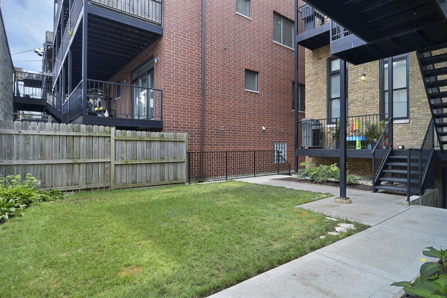 Real Estate Photography - 1522 Cortez St., 1, Chicago, IL, 60642 - Back Yard