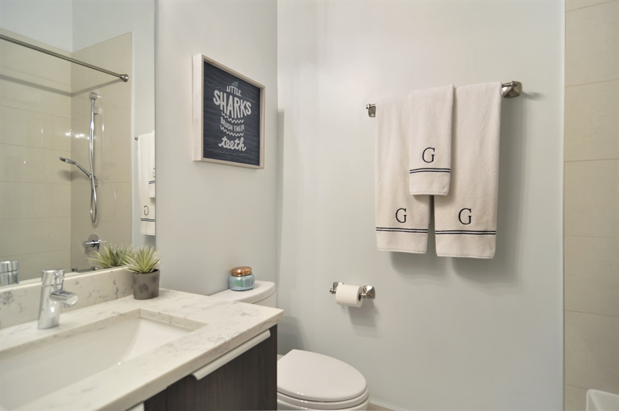 Real Estate Photography - 1522 Cortez St., 1, Chicago, IL, 60642 - 2nd Bathroom