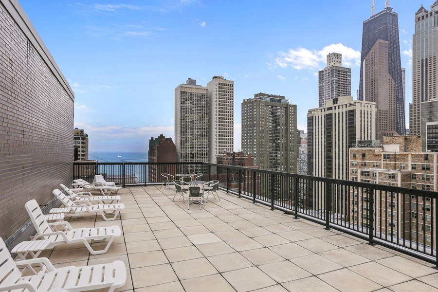 Real Estate Photography - 30 E Elm St, 16C, Chicago, IL, 60611 - Roof Deck