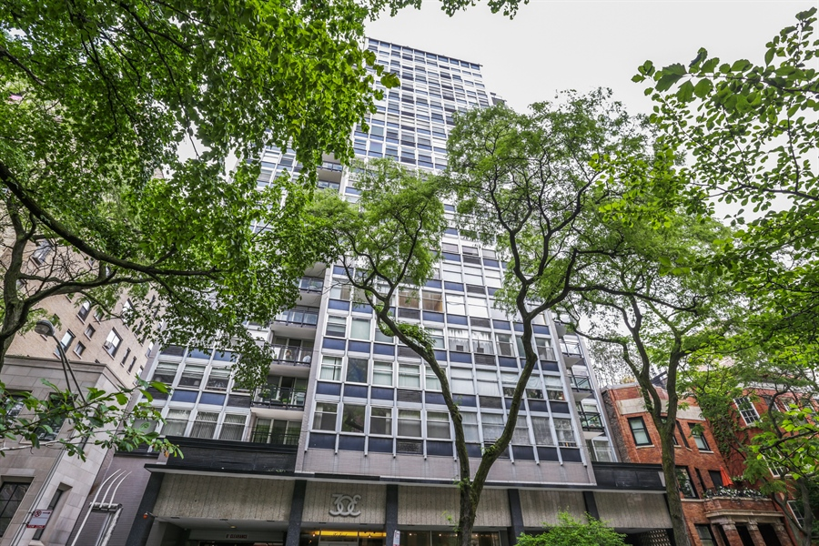 Real Estate Photography - 30 E Elm St, 16C, Chicago, IL, 60611 - Front View