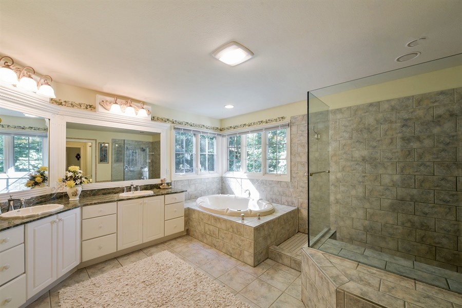 Real Estate Photography - 11608 Marquette Drive, New Buffalo, MI, 49117 - Master Bathroom