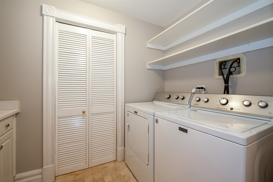 Real Estate Photography - 1735 W. Newport Ave, Chicago, IL, 60657 - Laundry Room