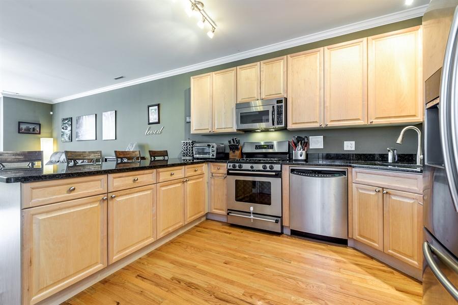 Real Estate Photography - 1811 Addison, unit 3 E, Chicago, IL, 60613 - Kitchen