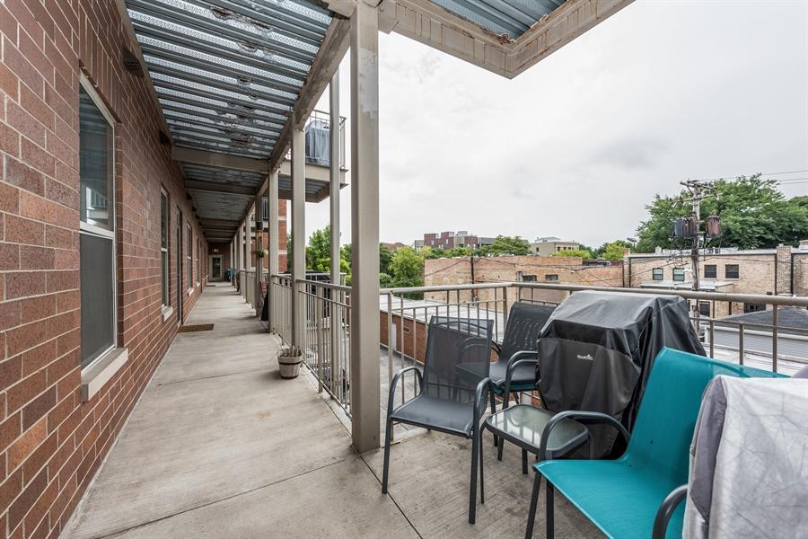 Real Estate Photography - 1811 Addison, unit 3 E, Chicago, IL, 60613 - Deck