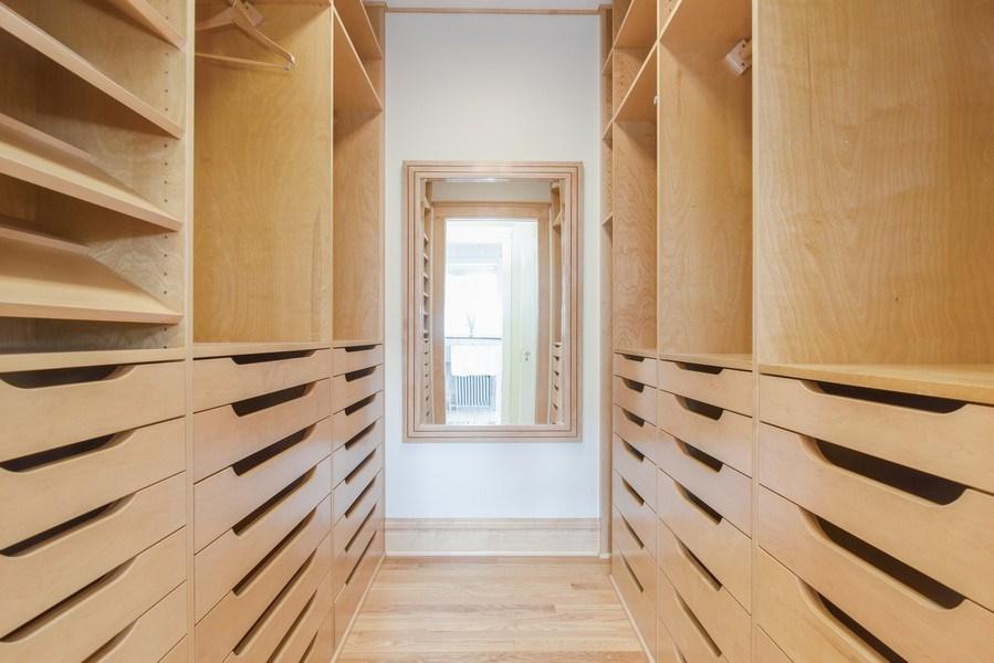 Real Estate Photography - 642 Sheridan Pl, 3, Evanston, IL, 60202 - Master Bedroom Closet