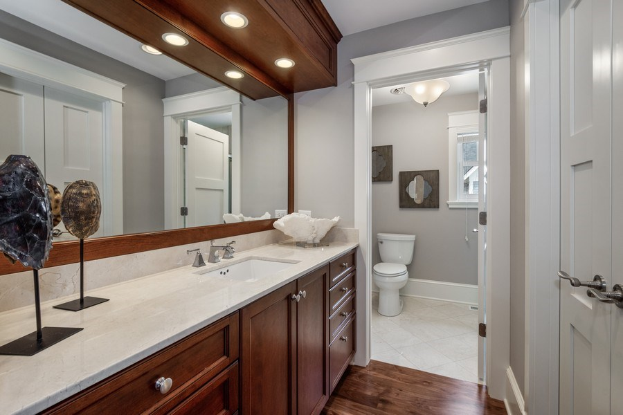 Real Estate Photography - 308 S Cook St, Barrington, IL, 60010 - 4th Bathroom