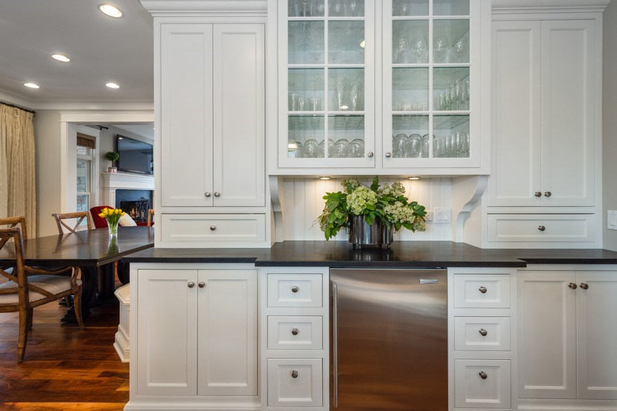 Real Estate Photography - 308 S Cook St, Barrington, IL, 60010 - Kitchen