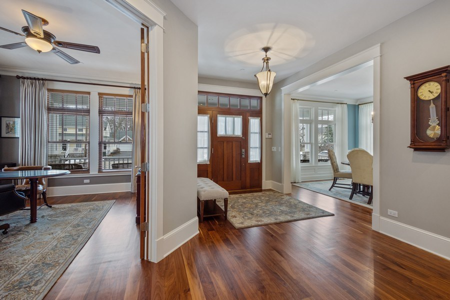 Real Estate Photography - 308 S Cook St, Barrington, IL, 60010 - Foyer