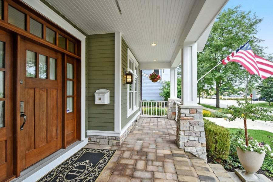 Real Estate Photography - 308 S Cook St, Barrington, IL, 60010 - Porch