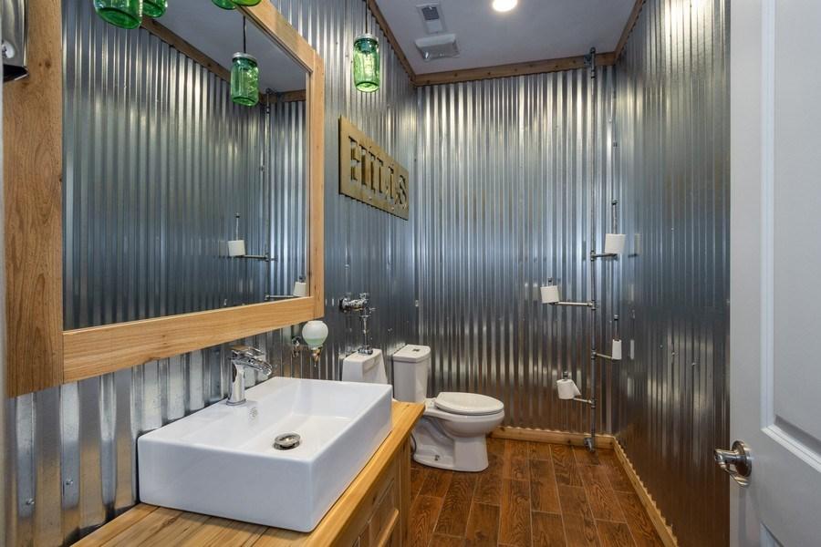 Real Estate Photography - 308 S Cook St, Barrington, IL, 60010 - Bathroom