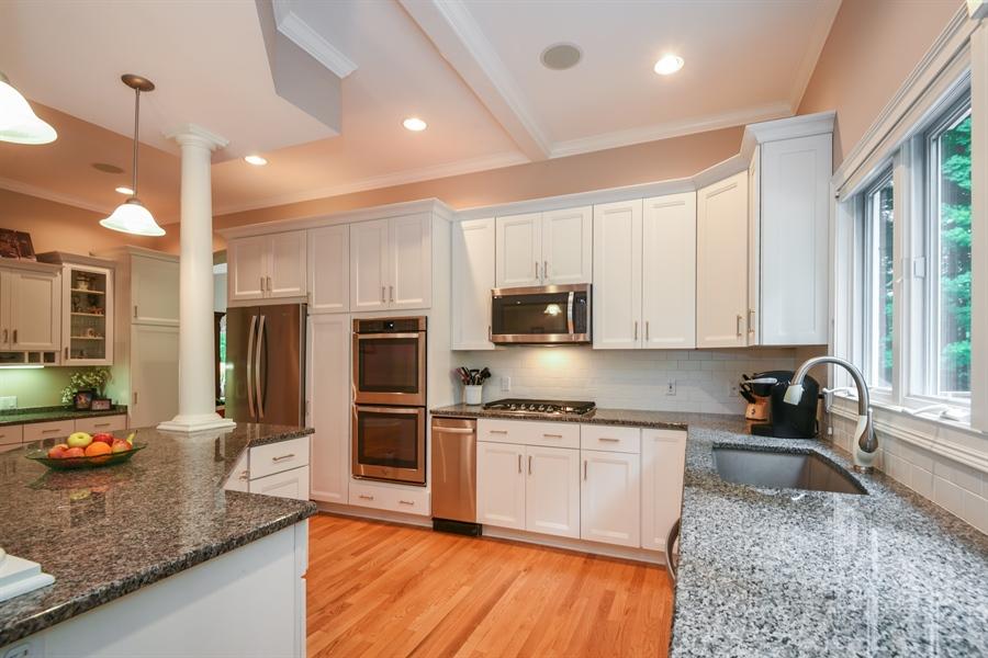 Real Estate Photography - 2383 Autumn Ridge, Saint Joseph, MI, 49085 - Kitchen
