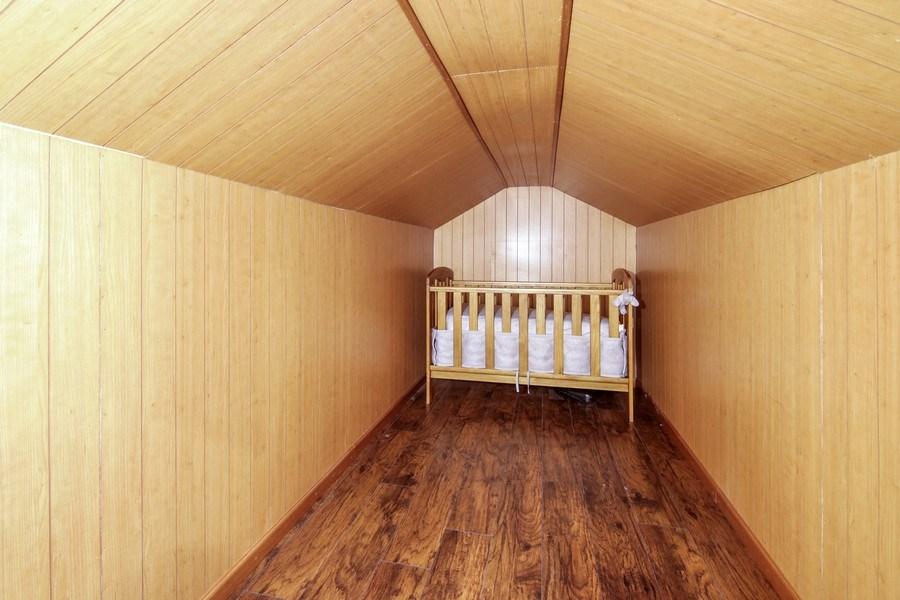 Real Estate Photography - 323 Neva Ave, Glenview, IL, 60025 - Bonus Room
