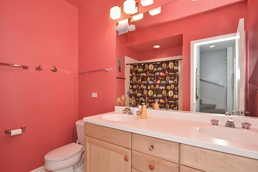 Real Estate Photography - 1816 S Indiana, Unit F, Chicago, IL, 60616 - 3rd Bathroom