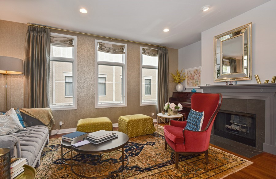Real Estate Photography - 1816 S Indiana, Unit F, Chicago, IL, 60616 - Living Room