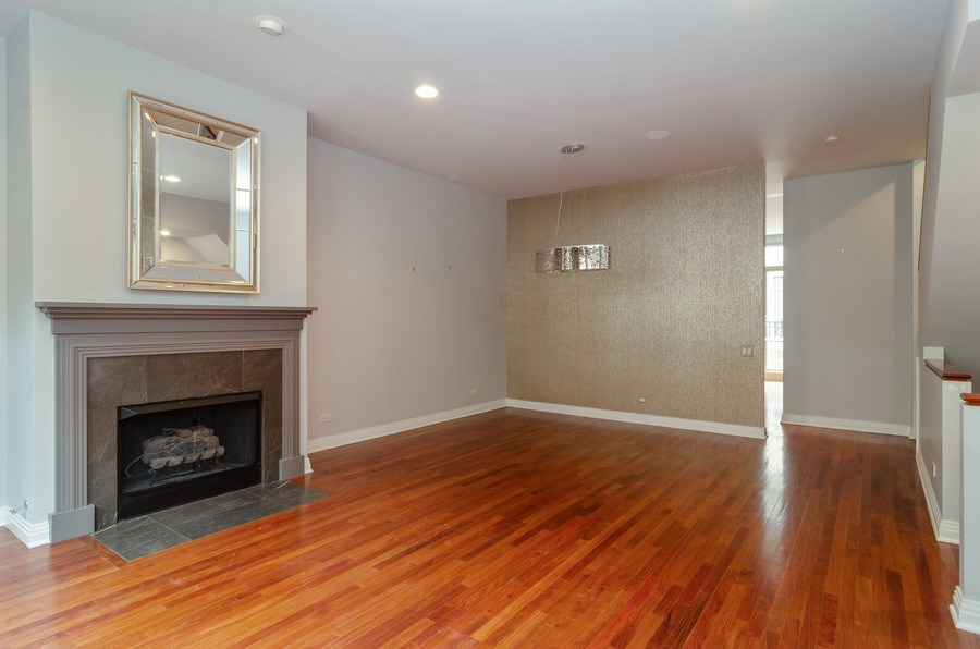 Real Estate Photography - 1816 S Indiana, Unit F, Chicago, IL, 60616 - LR/DR