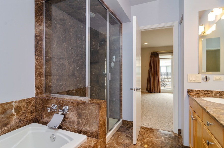 Real Estate Photography - 1816 S Indiana, Unit F, Chicago, IL, 60616 - Master Bath