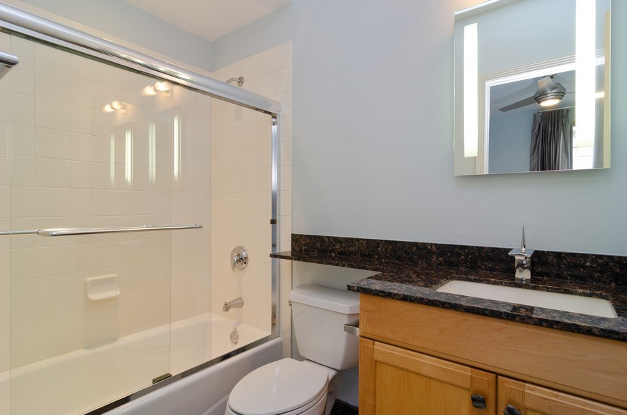 Real Estate Photography - 1816 S Indiana, Unit F, Chicago, IL, 60616 - Guest Bedroom Bath