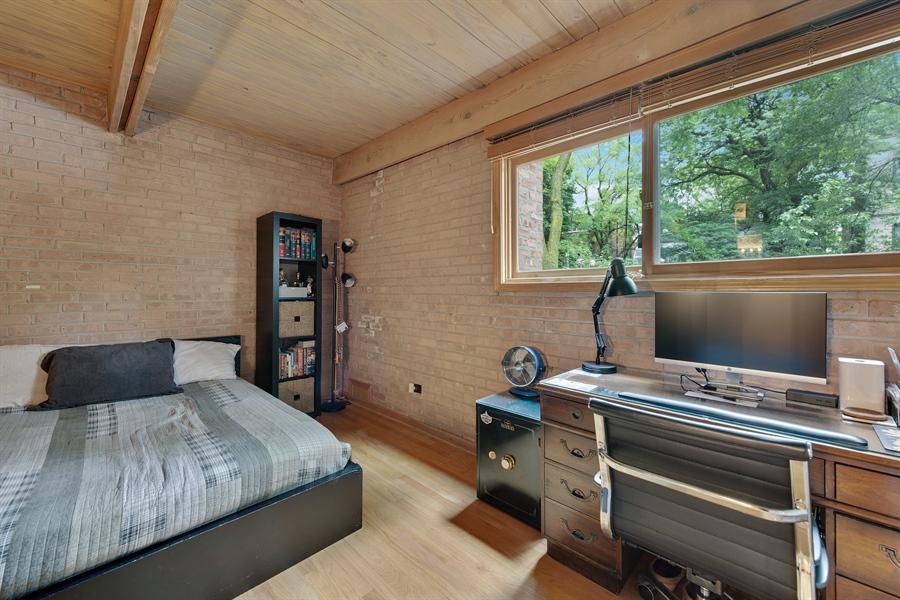 Real Estate Photography - 2218 N Magnolia, unit TI, Chicago, IL, 60614 - Master Bedroom