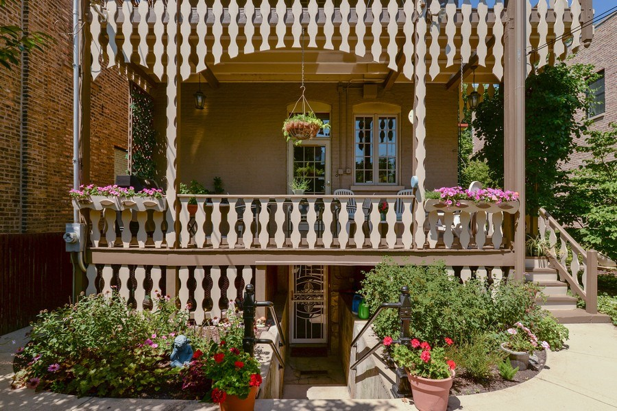 Real Estate Photography - 2017 W. Walton, Chicago, IL, 60622 - Rear View