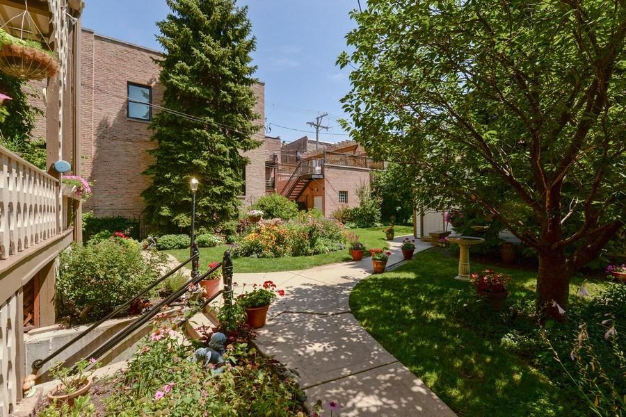 Real Estate Photography - 2017 W. Walton, Chicago, IL, 60622 - Backyard