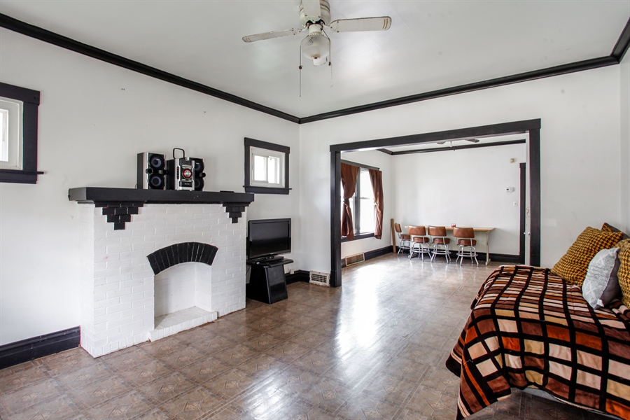 Real Estate Photography - 124 N 17th Ave, Melrose Park, IL, 60160 - Living Room