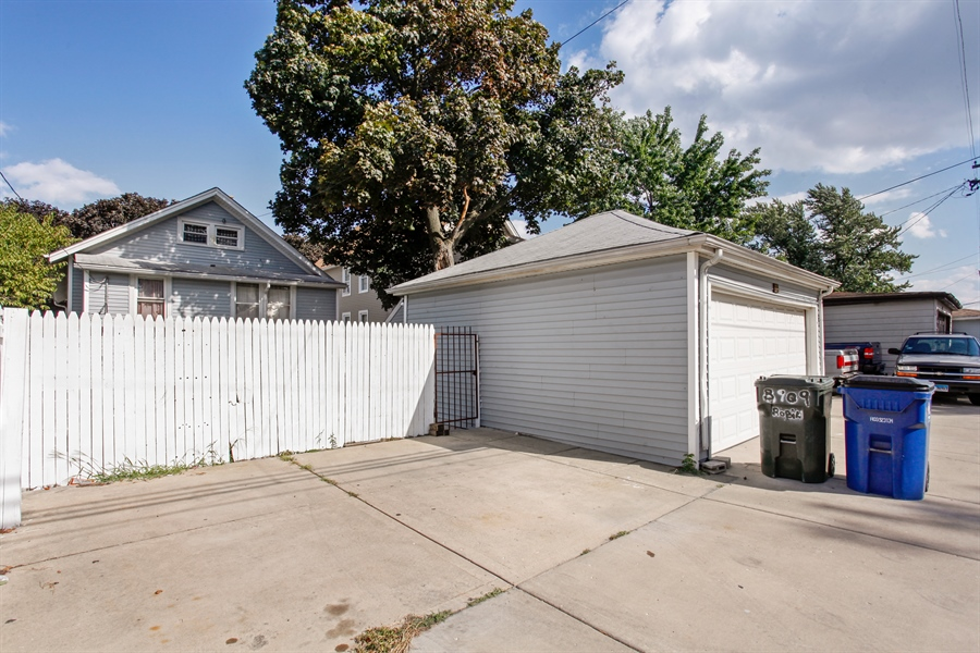 Real Estate Photography - 124 N 17th Ave, Melrose Park, IL, 60160 - Garage