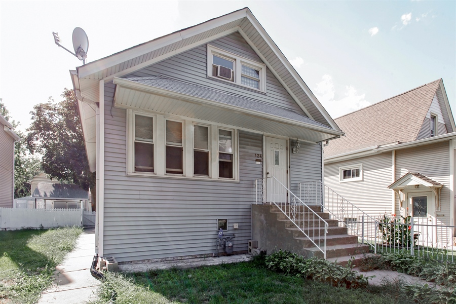 Real Estate Photography - 124 N 17th Ave, Melrose Park, IL, 60160 - Front View