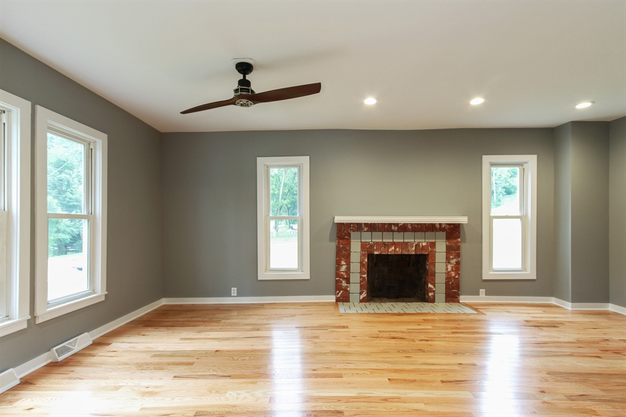 Real Estate Photography - 176 W Main St, Fontana, WI, 53125 - Living Room