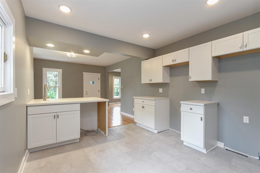 Real Estate Photography - 176 W Main St, Fontana, WI, 53125 - Kitchen