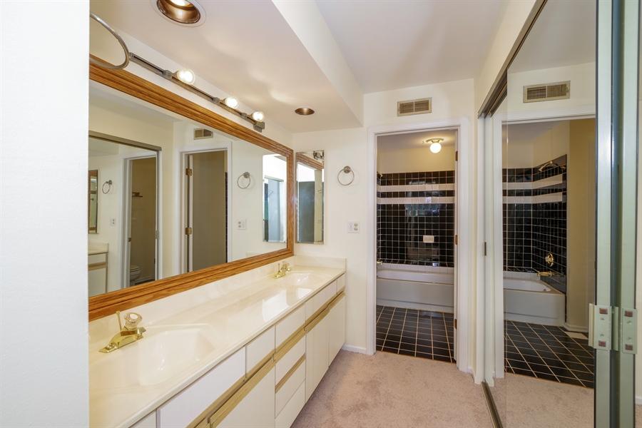 Real Estate Photography - 961 Pinetree Circle S, Buffalo Grove, IL, 60089 - Master Bathroom