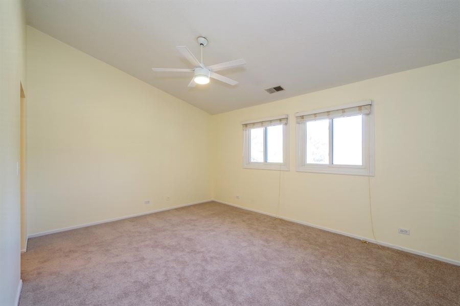 Real Estate Photography - 961 Pinetree Circle S, Buffalo Grove, IL, 60089 - Master Bedroom