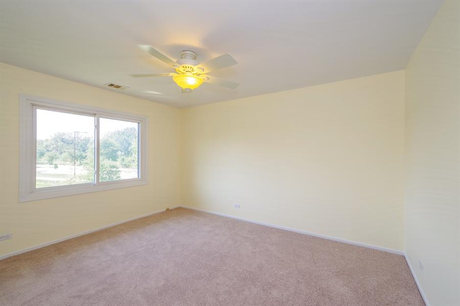 Real Estate Photography - 961 Pinetree Circle S, Buffalo Grove, IL, 60089 - Bedroom