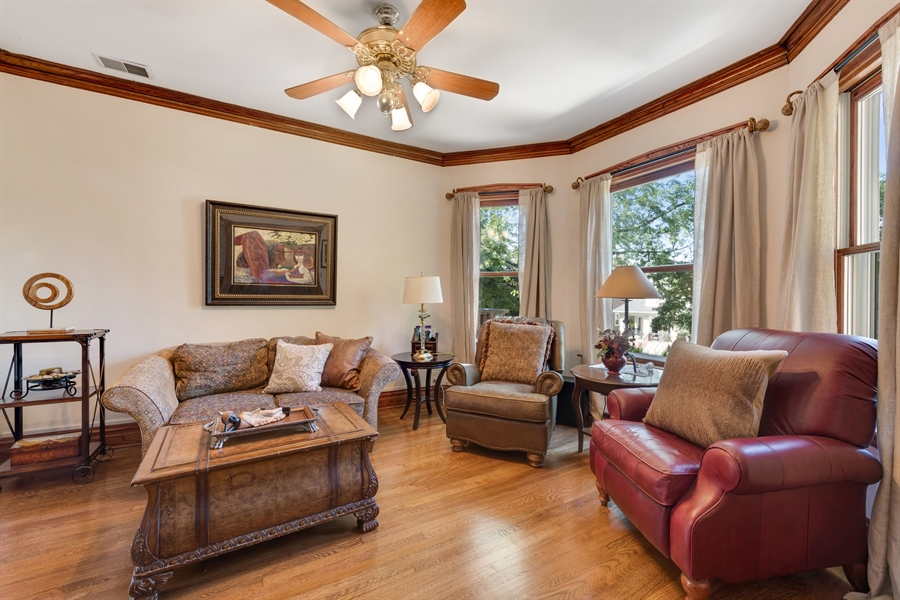 Real Estate Photography - 3833 N Ridgeway Ave, Chicago, IL, 60618 - Family Room