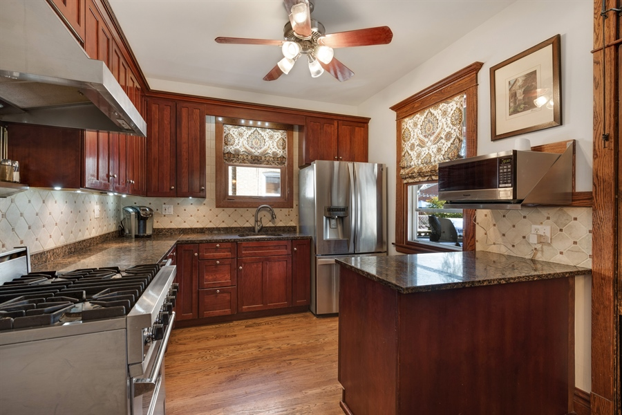 Real Estate Photography - 3833 N Ridgeway Ave, Chicago, IL, 60618 - Kitchen