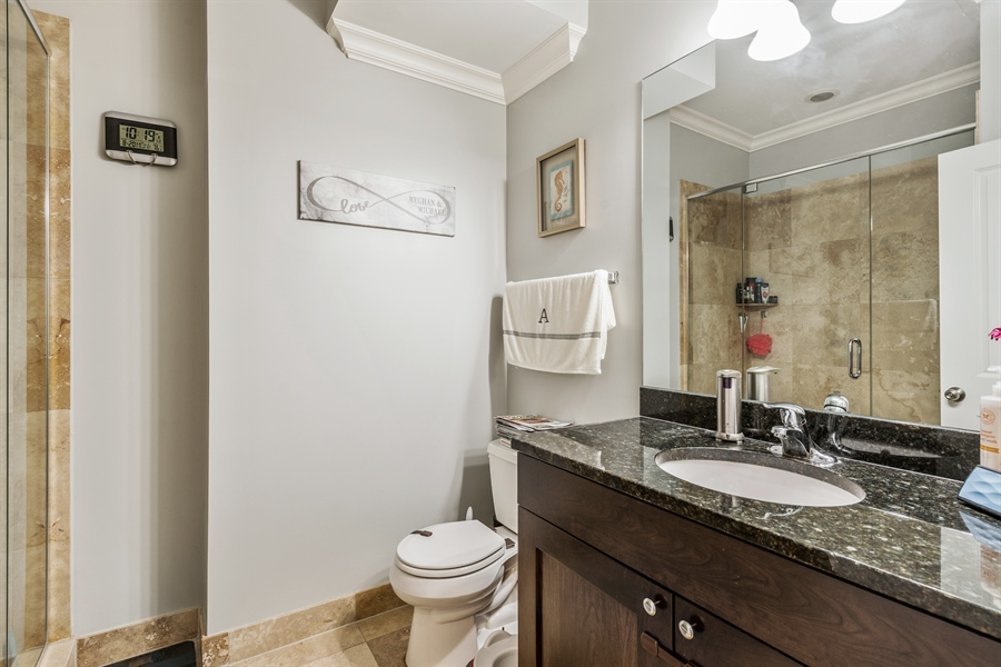 Real Estate Photography - 15 N Bishop, Unit #2, Chicago, IL, 60607 - Bathroom