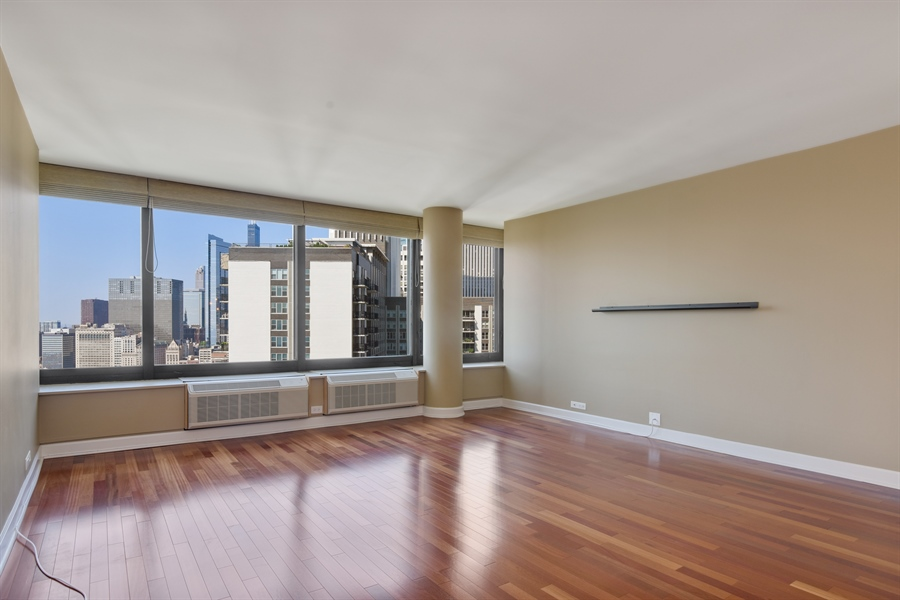 Real Estate Photography - 155 N Harbor Dr, Unit #3102, Chicago, IL, 60601 - Living Room