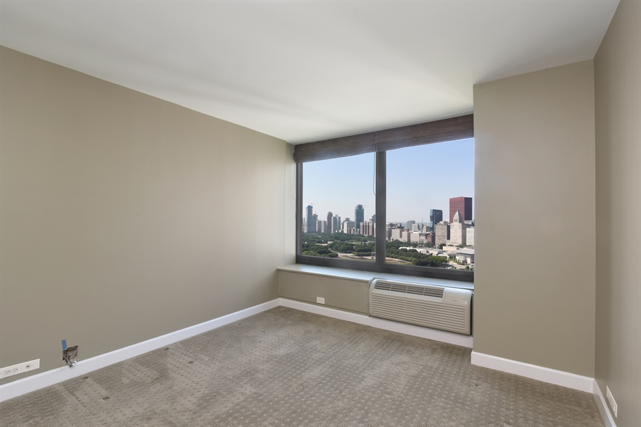 Real Estate Photography - 155 N Harbor Dr, Unit #3102, Chicago, IL, 60601 - 2nd Bedroom