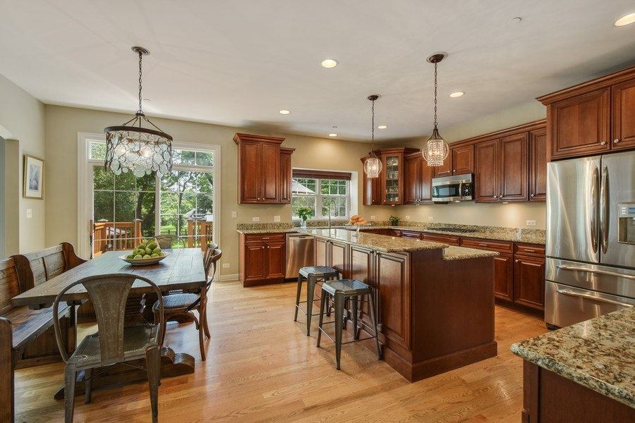 Real Estate Photography - 723 Exmoor Ave, Barrington, IL, 60010 - Kitchen/Eating Area