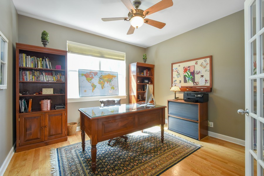 Real Estate Photography - 723 Exmoor Ave, Barrington, IL, 60010 - Office