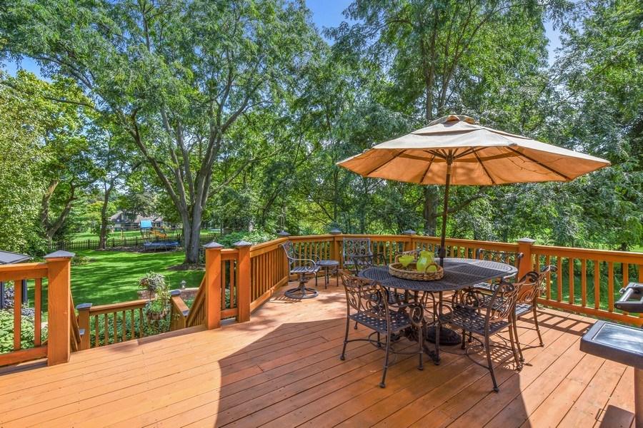 Real Estate Photography - 723 Exmoor Ave, Barrington, IL, 60010 - Deck