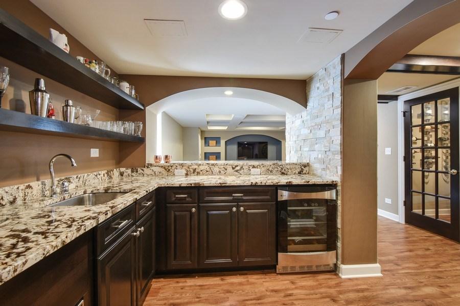 Real Estate Photography - 723 Exmoor Ave, Barrington, IL, 60010 - Bar