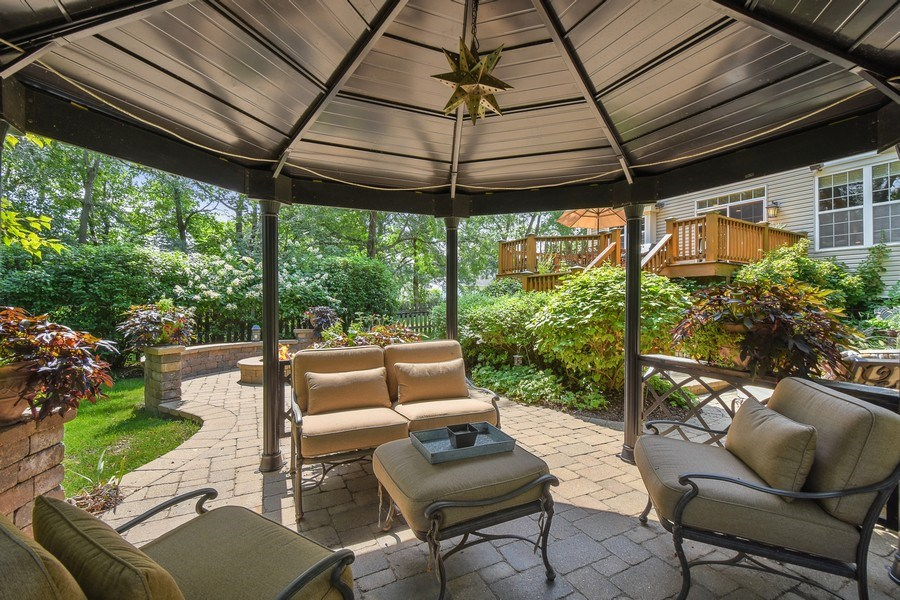 Real Estate Photography - 723 Exmoor Ave, Barrington, IL, 60010 - Gazebo