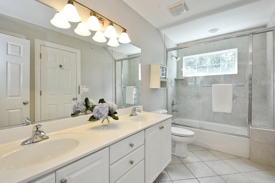 Real Estate Photography - 723 Exmoor Ave, Barrington, IL, 60010 - Jack & Jill Bathroom