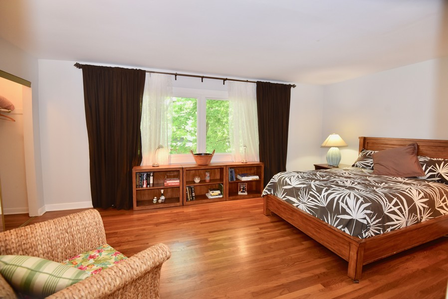 Real Estate Photography - 625 Mulberry Pl, #A, Highland Park, IL, 60035 -