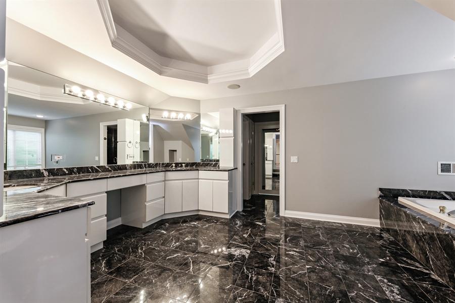 Real Estate Photography - 839 Bob O Link Rd, Highland Park, IL, 60035 - Master Bathroom