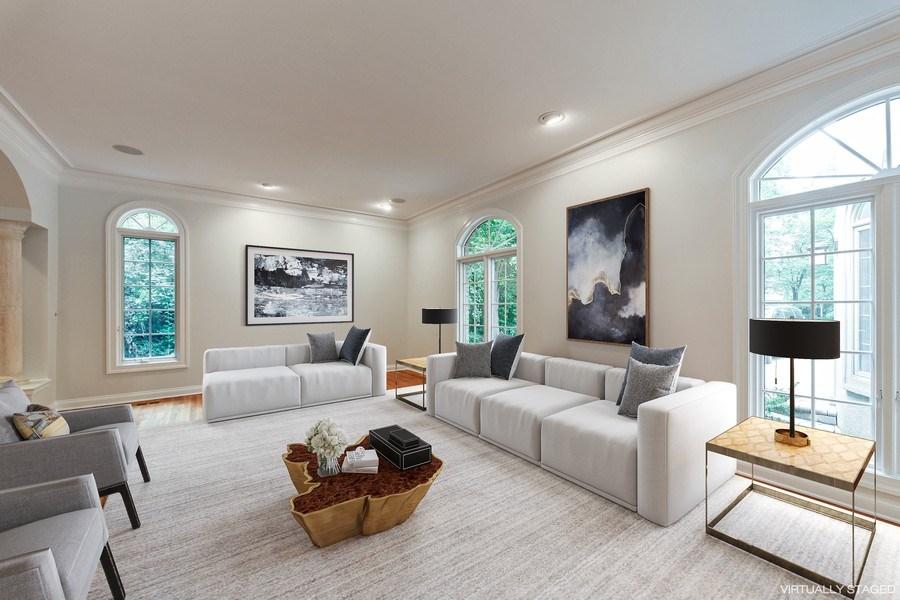 Real Estate Photography - 839 Bob O Link Rd, Highland Park, IL, 60035 - Living Room